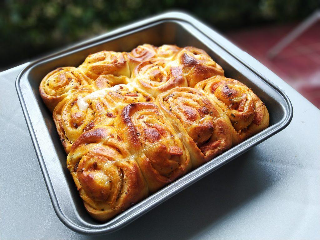Pizza Roll bread dan Blue berry Bread lembut