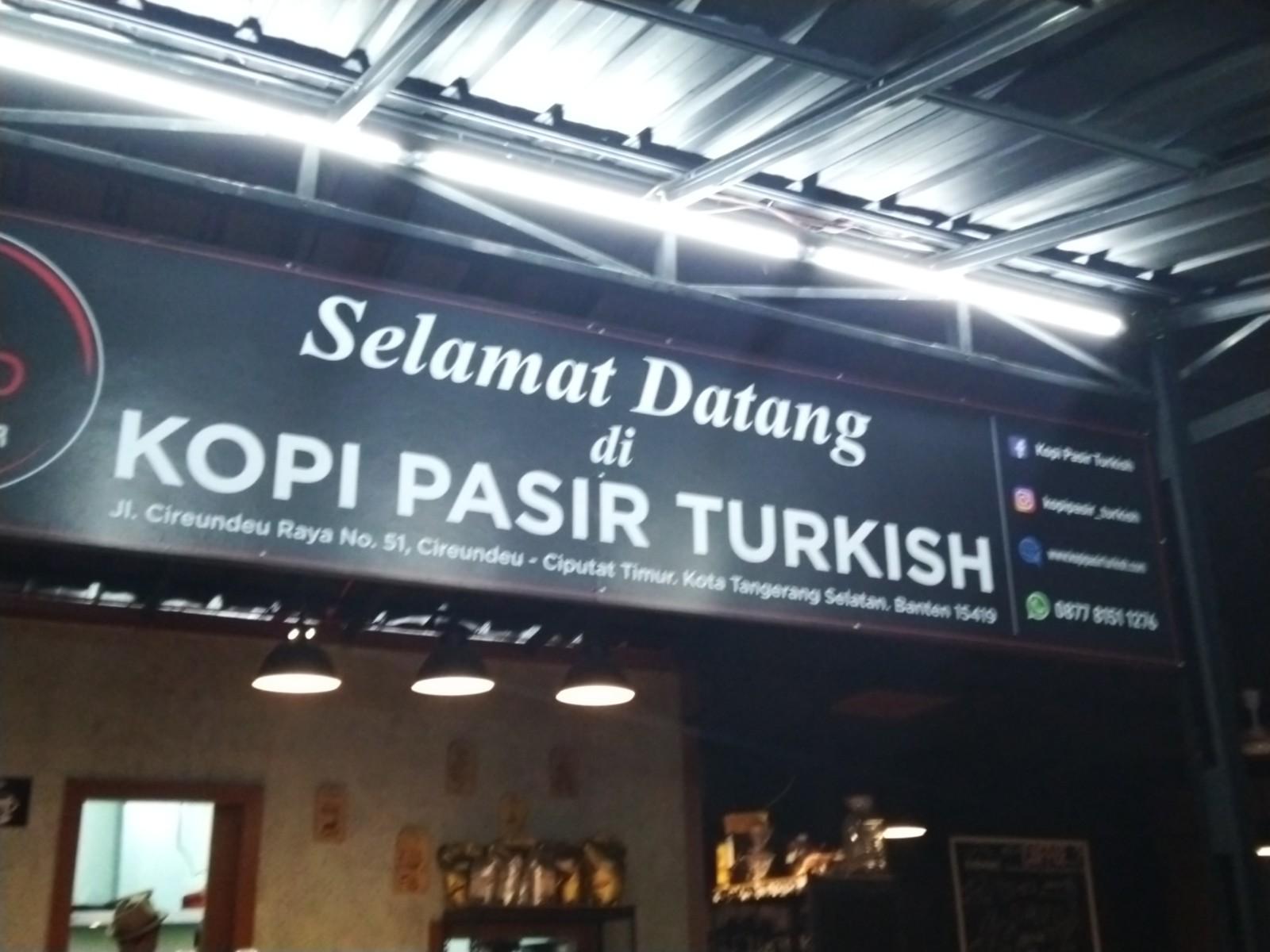 Menikmati Secangkir Kopi Pasir Turkish di Tangerang Selatan