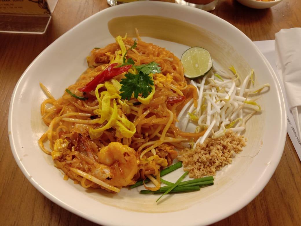 Rasa Pad Thai Enak dan Segar di Tom Tom Pacific Place