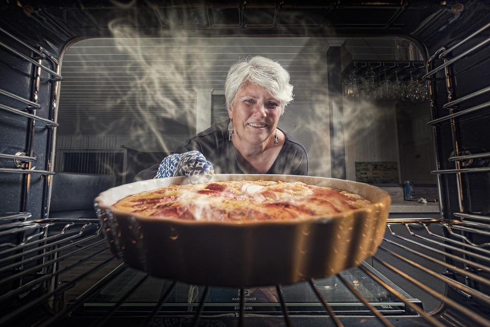 5 Hal Penting Memanggang Kue dengan Menggunakan Oven Listrik