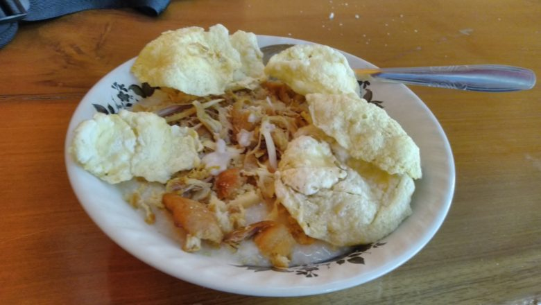 Kulineran Bubur Ayam Cikini H.R. Sulaeman yang Melegenda hari ini